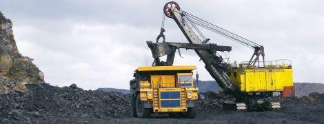 Поставки угля из США помогли улучшить отношения Украины с администрацией Трампа — Reuters