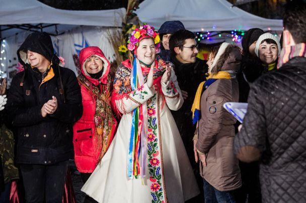 """Українські громади презентували власний унікальний продукт у проекті """"Громада на мільйон"""" на """"1+1"""""""