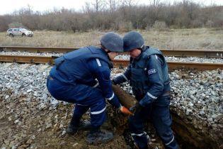 На железной дороге под Одессой нашли артиллерийские снаряды