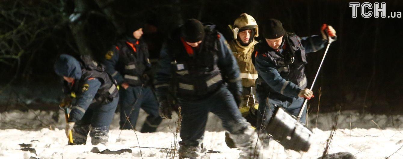 У МНС РФ пояснили, чому на місці падіння Ан-148 досі лежать частини тіл загиблих