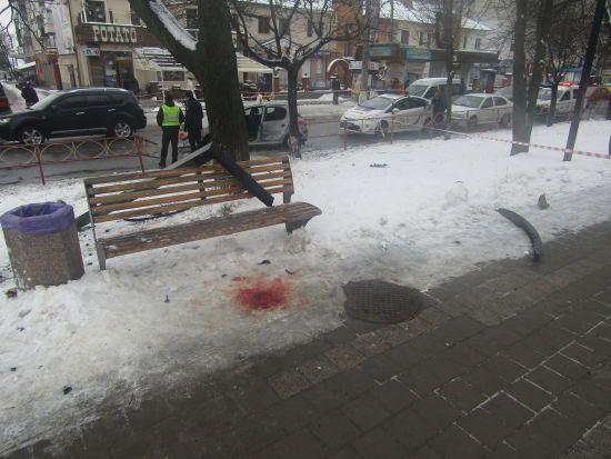 Подробиці смертельної ДТП у Білій Церкві: пасажир закинув п'яну водійку на плече і намагався втекти