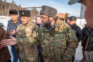Под Екатеринбургом казаки-сепаратисты с Донбасса защищают состав птичьего помета