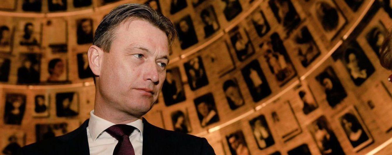 """Голландський міністр пішов у відставку через брехню про зустріч з Путіним і """"велику Росію"""""""