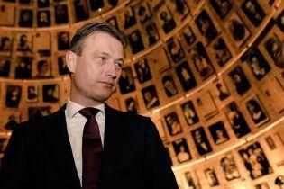 """Голландский министр ушел в отставку из-за лжи о встрече с Путиным и """"великой России"""""""