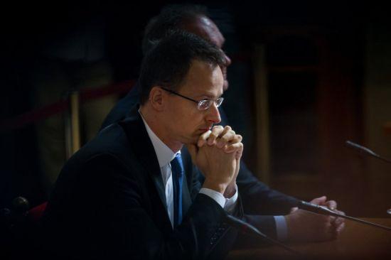 Мовне питання. Глава МЗС Угорщини назвав умови розблокування проведення зустрічі Україна-НАТО