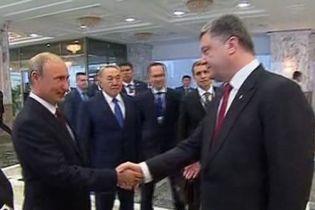 Необхідно забезпечити збереження секторальних санкцій проти Росії, - Порошенко на зустрічі з главою делегації ЄС в Україні - Цензор.НЕТ 4166
