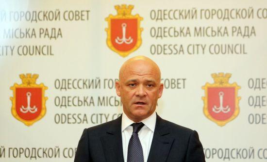 Мер Одеси Труханов був членом жорстокого злочинного угруповання і володів частками в офшорах - BBC