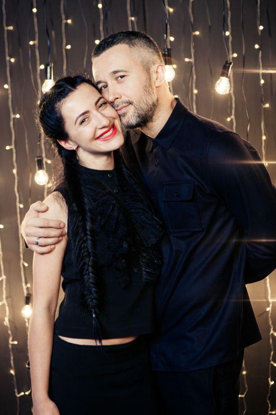 #ЧасЛюбити: зірки долучилися до романтичного флешмобу та зізнались у почуттях коханим