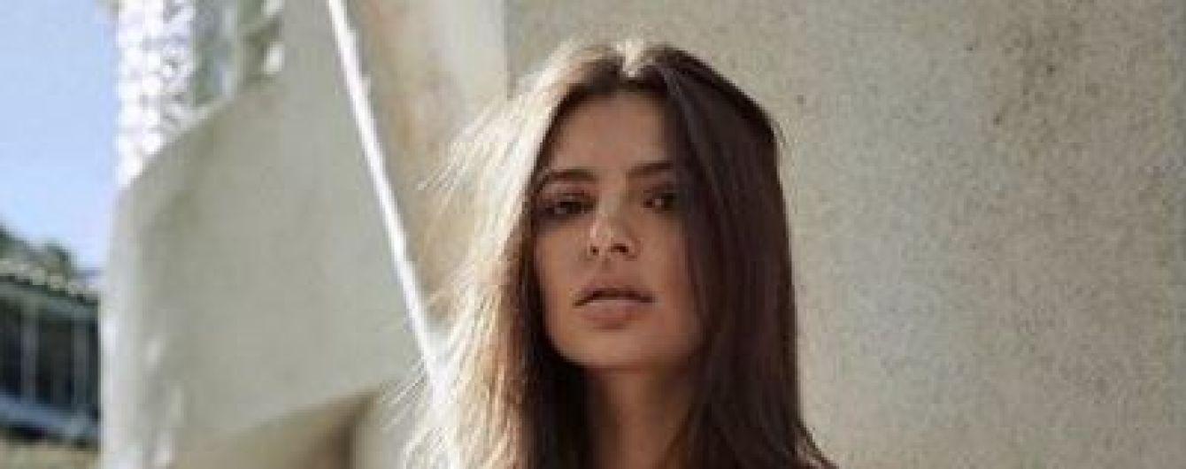 Эмили Ратаковски в нижнем белье снялась в откровенном видео