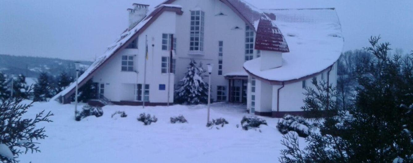 На Прикарпатье прогремел взрыв возле музея Степана Бандеры