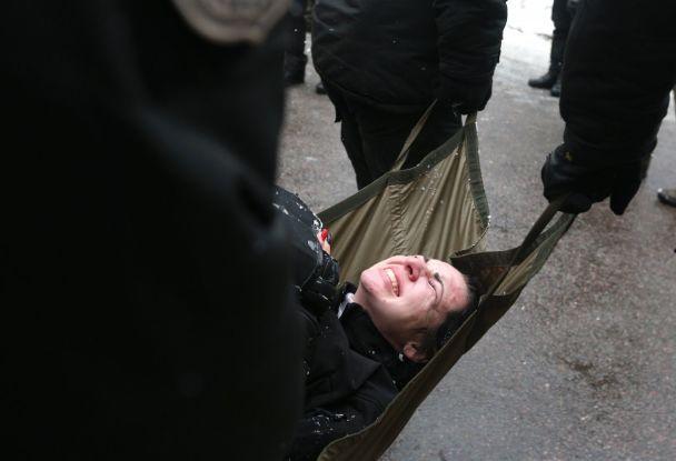 После столкновений возле суда, где слушали дело мэра Одессы Труханова, задержали 30 человек
