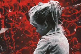 Блискавична хвороба і кома. Батьки винуватять лікарів у смерті 3-річної донечки