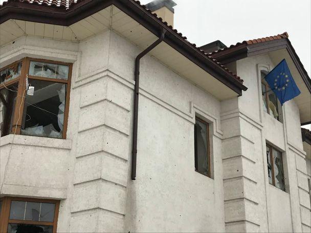 Бирюков рассказал историю флага ЕС из Донбаса, который Порошенко показал в Мюнхене