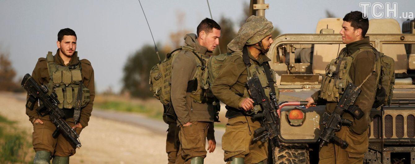 Израильские истребители ударили по Сектору Газы