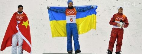 Україна пишається. Президент привітав Олександра Абраменка з першим золотом країни на Олімпіаді