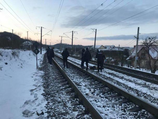У Львові людина загинула під колесами електропоїзда