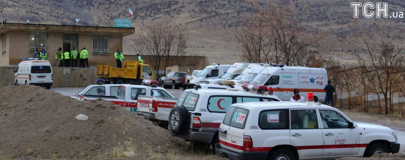 В Иране в результате падения частного самолета погибли 11 человек