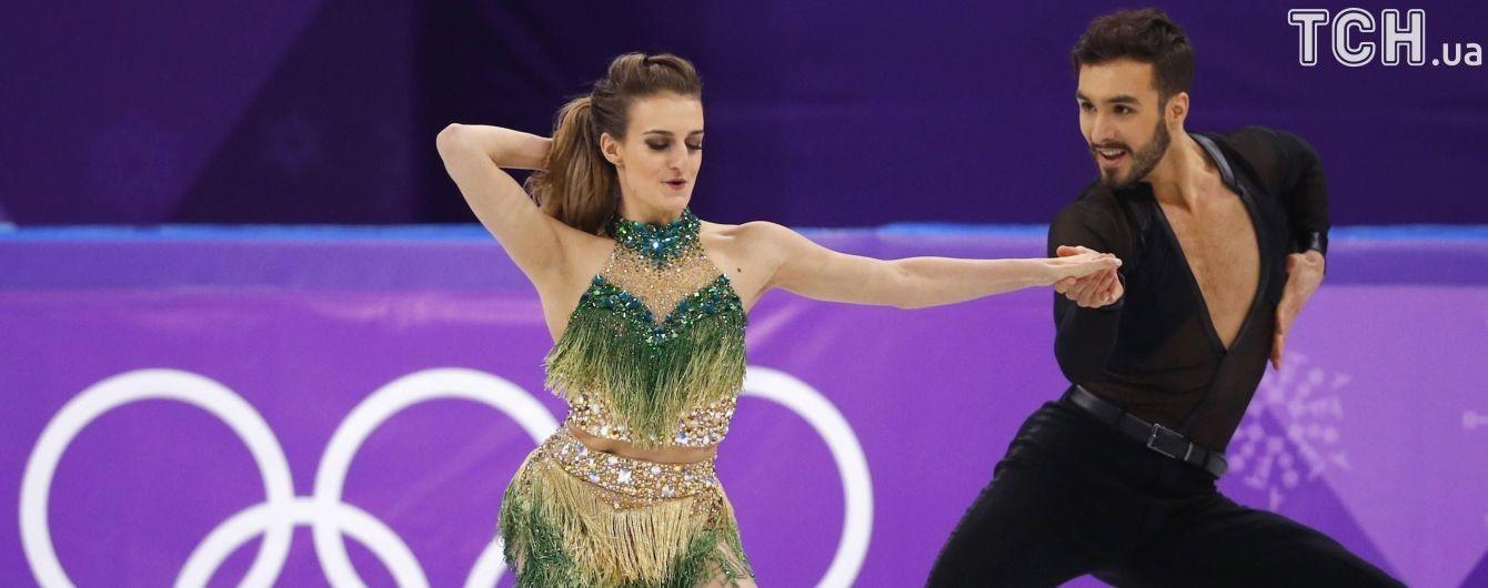 Французька фігуристка оголила груди під час виступу на Олімпіаді