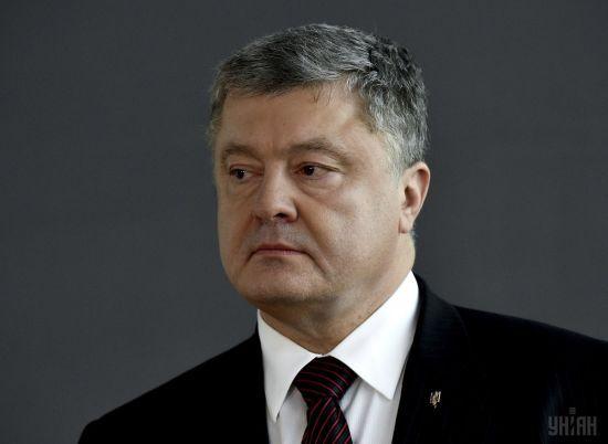 Стало відомо, коли Порошенка допитають у справі Януковича