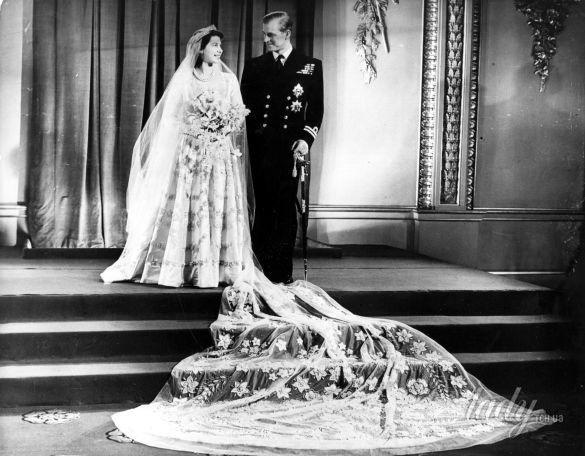 Свадебные платья королев и принцесс_6