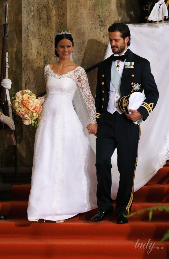Свадебные платья королев и принцесс_7