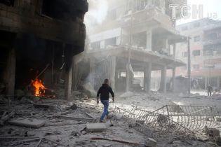 """Лондон змусив """"Білі каски"""" здійснити провокацію з хімічною зброєю у Сирії - РФ"""