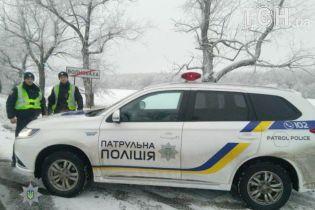 Дорожный патруль выехал на дороги страны на Mitsubishi Outlander