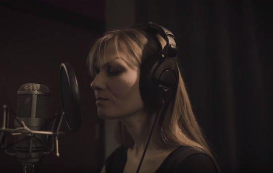Katya Chilly проникливим треком вшанувала пам'ять героїв Небесної сотні