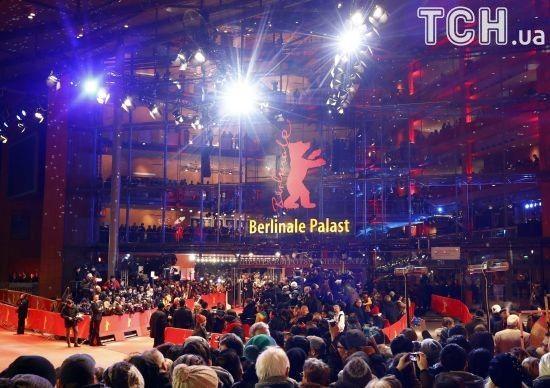 """На престижному кінофестивалі у Берліні вручили """"Золотого ведмедя"""" за найкращий фільм року"""