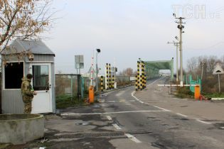 """""""Дуже негативний сигнал"""". В уряді підтвердили, що ЄС припинив фінансування модернізації кордону з Україною"""