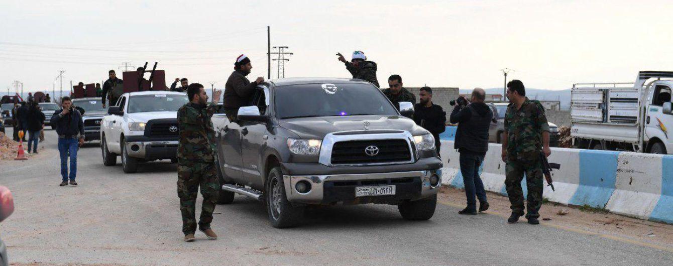 В Сирии эвакуировали штаб армии и перебросили самолеты на российскую базу - СМИ