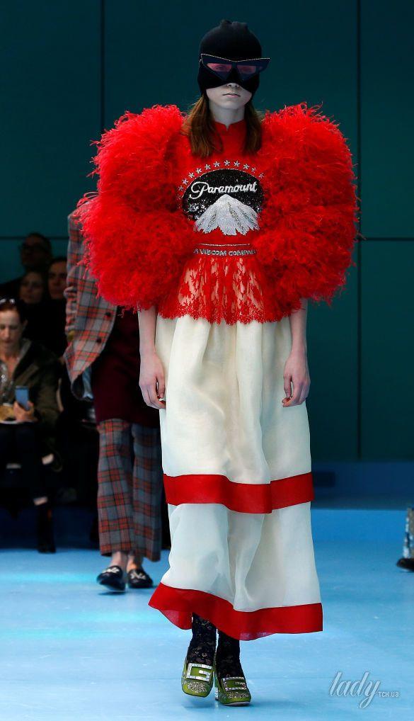 Показ коллекции бренда Gucci в Милане_10