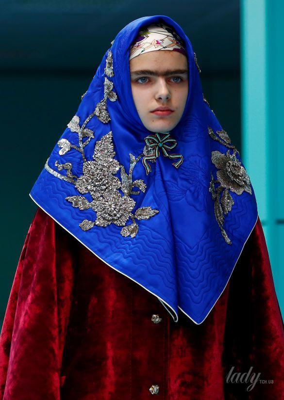 Показ коллекции бренда Gucci в Милане_12
