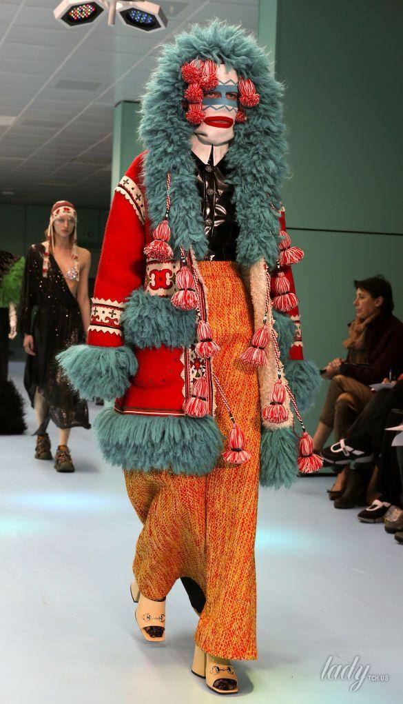Показ коллекции бренда Gucci в Милане_14