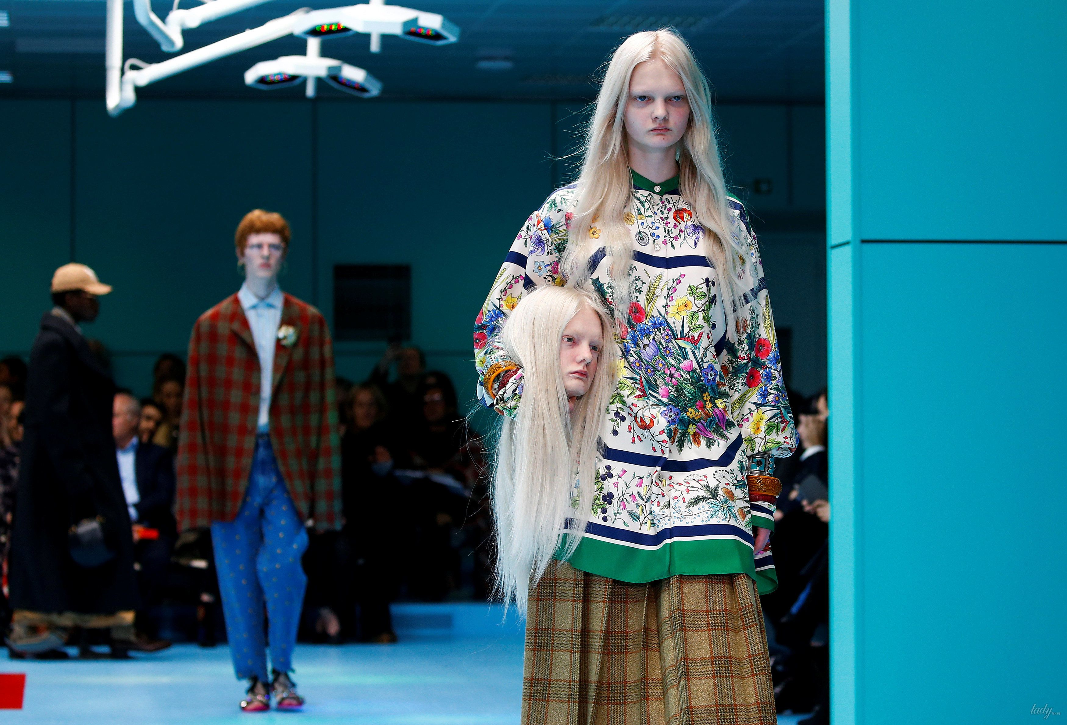 Показ коллекции бренда Gucci в Милане_23