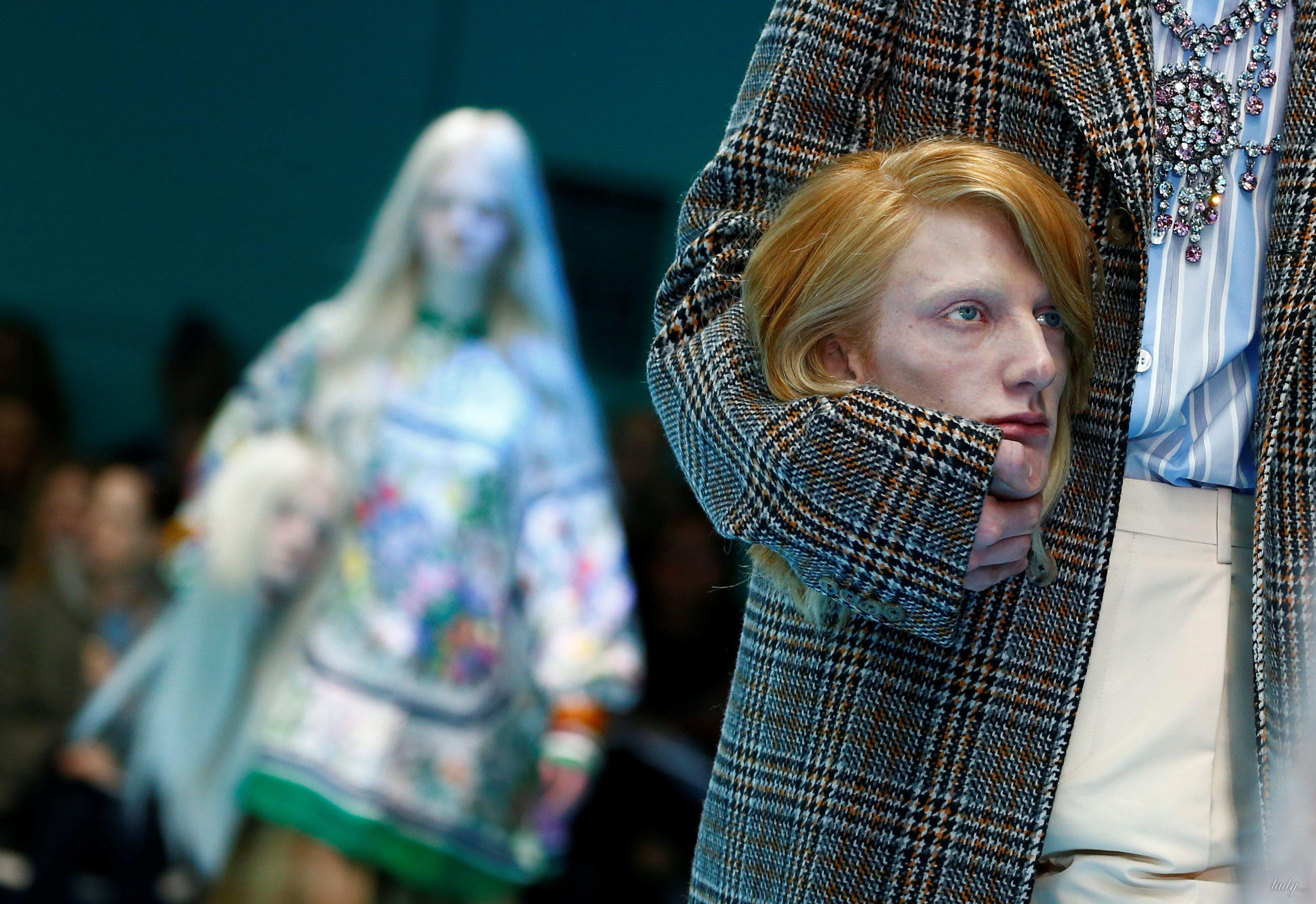 Показ коллекции бренда Gucci в Милане_26