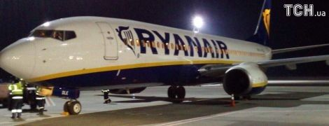 В Украину прилетел самолет лоукостера Ryanair с руководством компании на борту