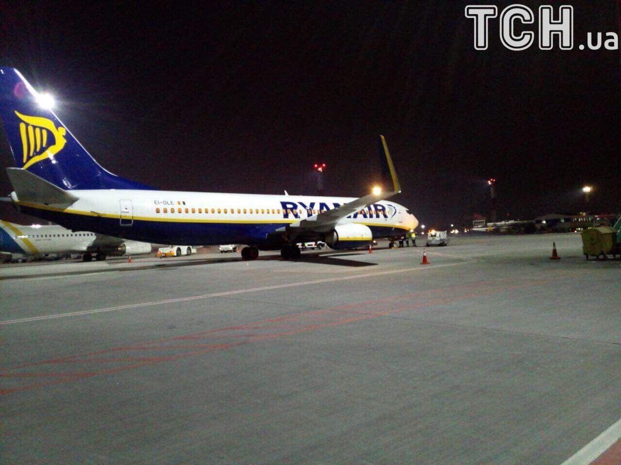"""літак Ryanair у """"Борисполі""""_2"""
