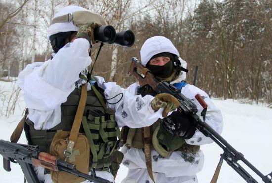 На Донбасі минув ще один рідкісний день без обстрілів бойовиків. Хроніка АТО