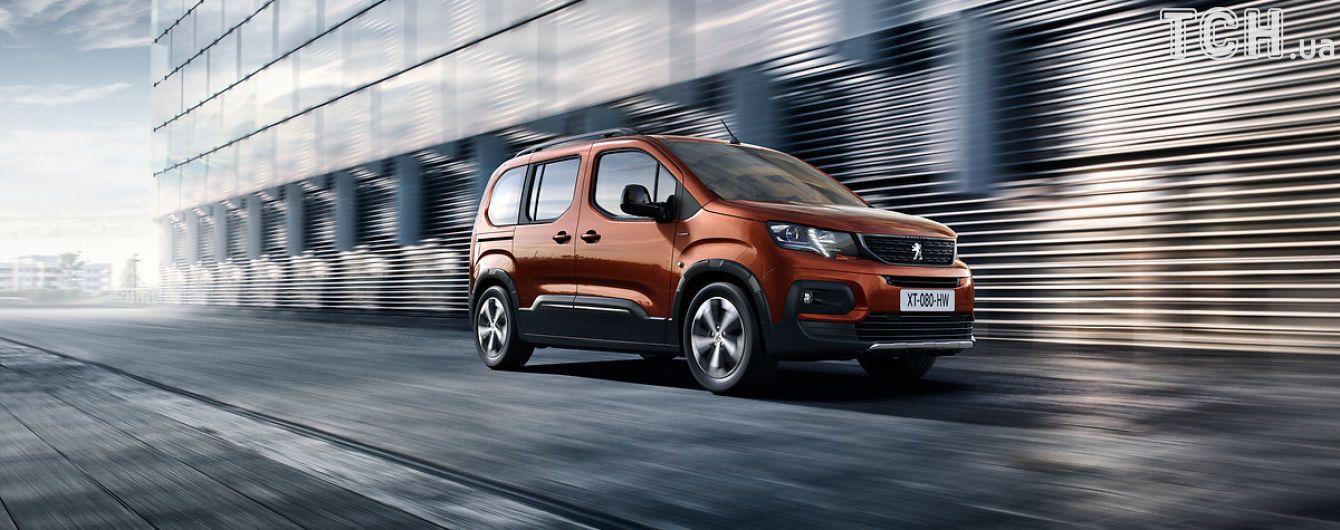 Peugeot оборудовали новый кроссвэн ультрасовременным салоном
