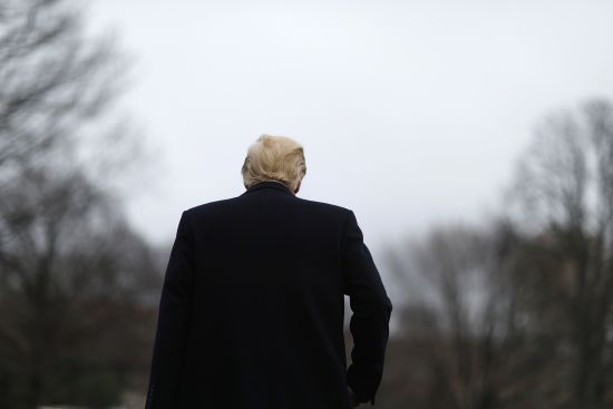 Стосунки з порноакторкою вдарили по заплямованому іміджу Трампа