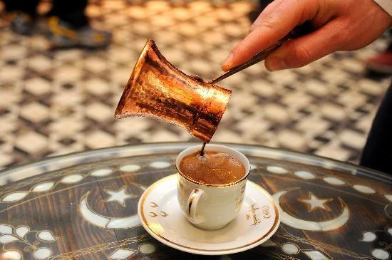 Українець став найкращим у світі з приготування кави у джезві