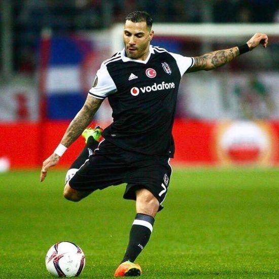 Португальський футболіст забив свій фірмовий та водночас дуже вишуканий гол у чемпіонаті Туреччини