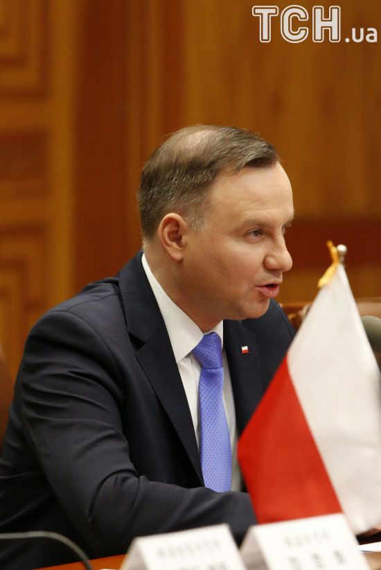 Дуда звинуватив українців у геноциді поляків і водночас заявив про важливість добрих відносин між країнами