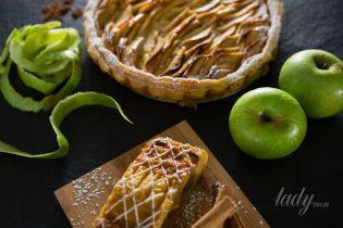 Что приготовить из яблок: три интересных рецепта