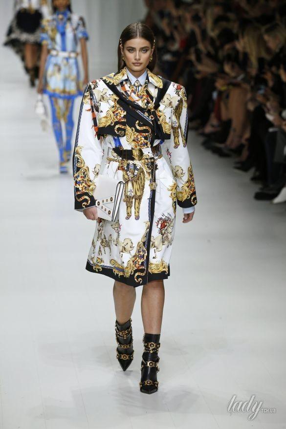 Коллекция Versace прет-а-порте сезона весна-лето 2018_30