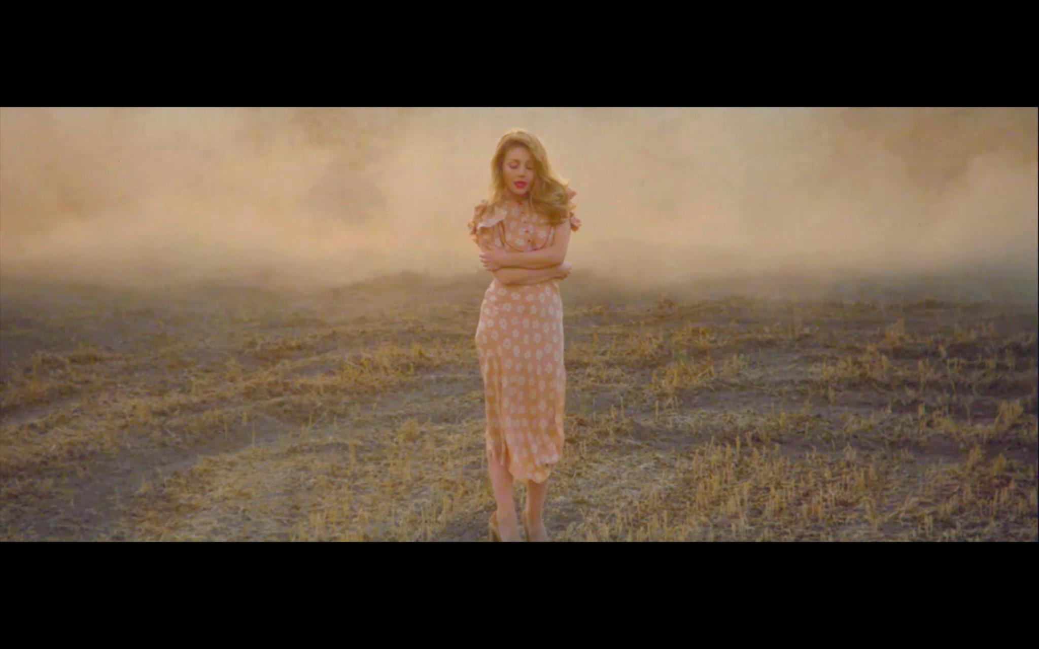 Новий кліп Тіни Кароль_2