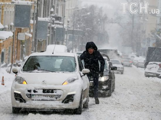 Громадський транспорт в Києві через негоду курсує з відхиленням від графіка
