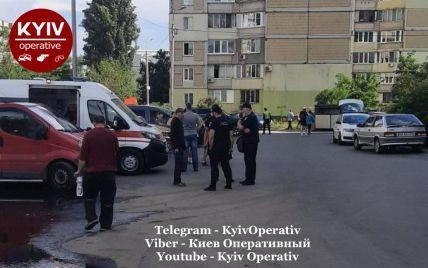 Ремонтировал лифт и упал в шахту: в Киеве в многоэтажке погиб мужчина (фото)