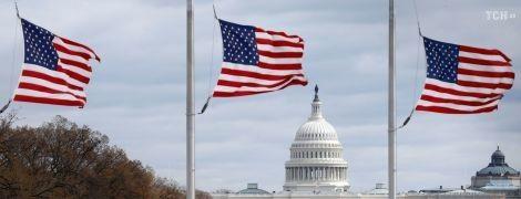 Сенатори США закликають підготувати нові санкції проти Росії